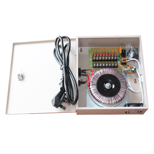 BOX-TYPE 8 CHANNEL AC POWER SUPPLY